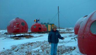 Qatarul a facut o oferta fabuloasa de cumparare a statiei romanesti din Antarctica. Dar ar fi bine sa vindem?